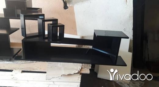 DIY Tools & Materials in Bourj el Barajneh - طاولة بتعلق بلحيط