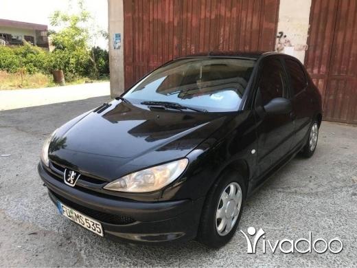 Peugeot in Zgharta - pijo 2000 ac