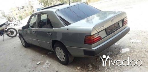 Mercedes-Benz in Tripoli - مرسدس ٢٣٠ موديل ٨٨