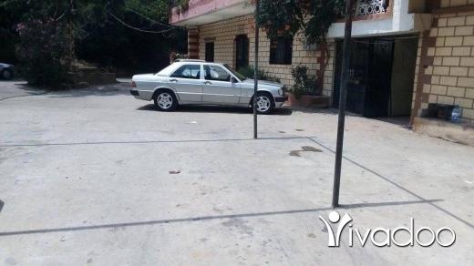 Mercedes-Benz in Akkar el-Atika - Mercedes ١٩٠ موديل ٨٧