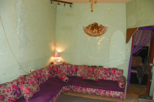 Apartments in Tal - Small apartment for sale in Tripoli