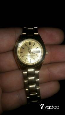 Clothes, Footwear & Accessories in Sin El Fil - Seiko 5   21 jewels automatic women's watch