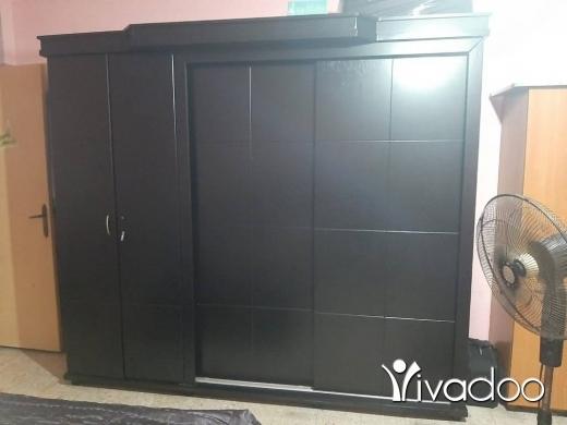 Appliances in Al Dahye - تلفزيون وخزانة وتخت والة VR وطاولة