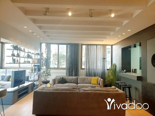 Apartments in Achrafieh - L07739- Very Well Designed Apartment for Sale in Achrafieh- Cash Only!