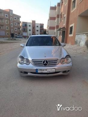 Mercedes-Benz in Baalback - mercedes C240 model 2001