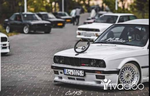 BMW in Beit El Din - e30 mtk1