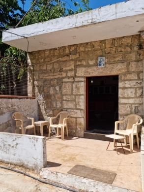 Townhouse in Zgharta - Cozy small house for sale in Beslouqit, Zgharta