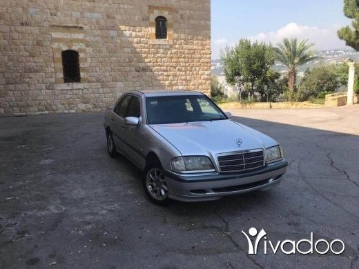 Mercedes-Benz in Zahleh - Mercedes 180