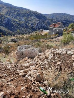 Land in Mayrouba - L08323- Land for Sale on Mayrouba Main Road - Cash!