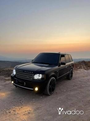 Land Rover in Tripoli - Vok 2004