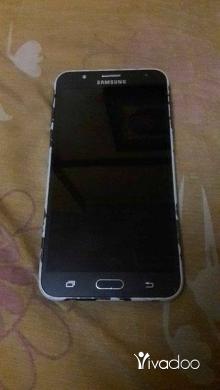 Phones, Mobile Phones & Telecoms in Tripoli - samsung J7