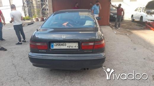 Honda in Mayrouba - Honda accord 97 ful vites 3ade 76137699