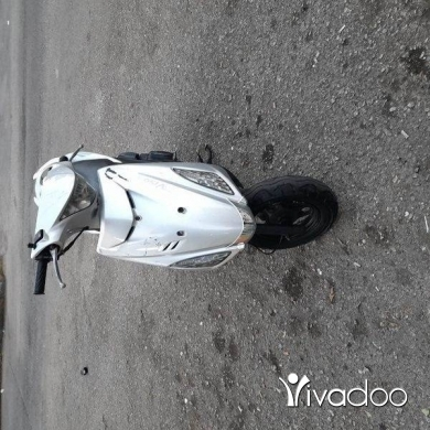 Motorbikes & Scooters in Alma - V 150