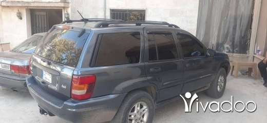 Jeep in Zahleh - جيب موديل 2004 laredo