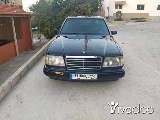 Mercedes-Benz in Akkar el-Atika - Mercedes ٣٠٠ موديل ٩٢