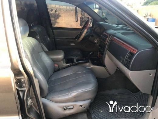 Jeep in Chaat - Grand Cherokee 2000 v6