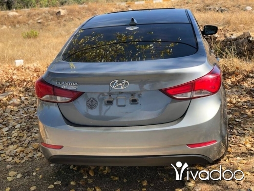 Hyundai in Zgharta - hyundai elantra ex full option 2014 فتحة صقف جنوطة مميزة تدفئة بالفرش AC digital كميرا خلفية led