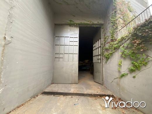 Warehouse in Beit el Chaar - A 856 m2 warehouse for sale in Mazraat yachouh