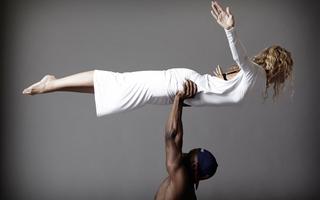 53d501ed170e2   michele pernetta bikram yoga