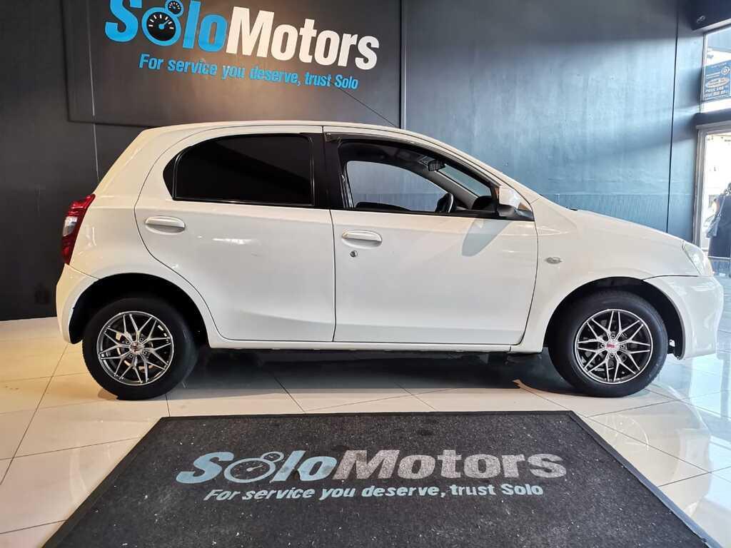 2016 Toyota Etios 1.5 Xi