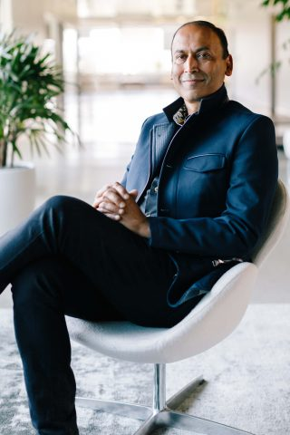 Poshmark CEO Manish Chandra on engineering a fashion-tech unicorn