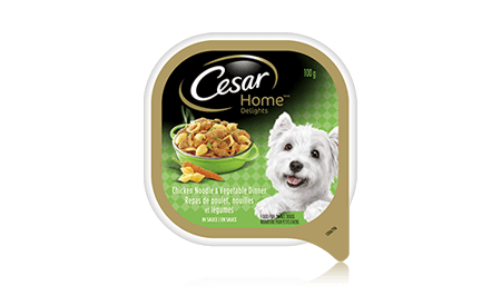 CESAR® HOME DELIGHTS® HEARTY CHICKEN, NOODLE AND VEGETABLES DINNER IN SAUCE 100g