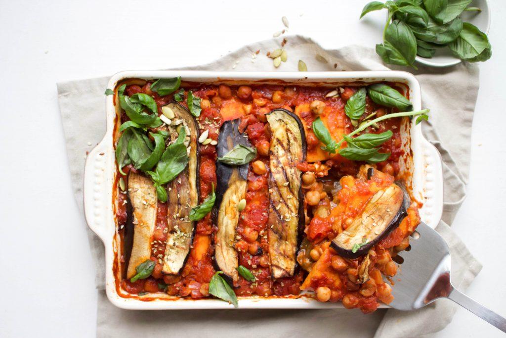 Ovenschotel met gegrilde aubergine - Wakker Dier