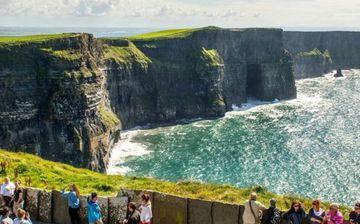 Cliffs of Moher und Blarney Castle Zweitagestour ab Dublin