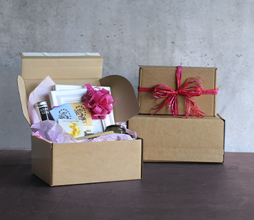 Simple & Affordable Postal Hampers