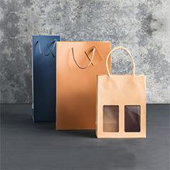 seasonal bottle gift bags and boxes