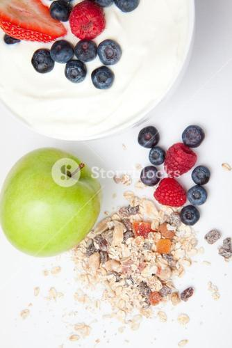 Healthy eating with fruits and cereals