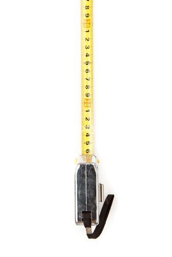 Selfretracting measuring tape