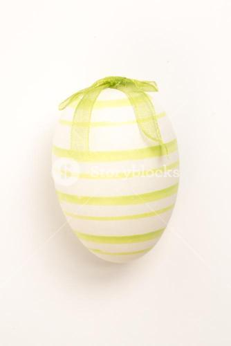 Green hand painted easter egg