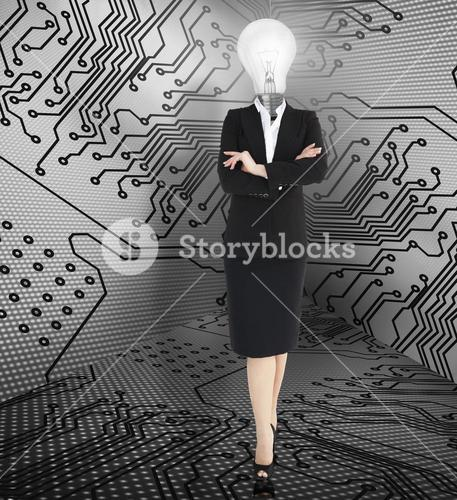 Businesswoman with folded arms and head light bulb