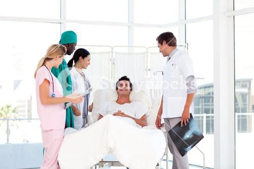 Consultation between a surgeon and a patient