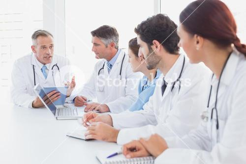Doctors having a medical discussion