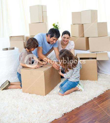 Animated family packing boxes