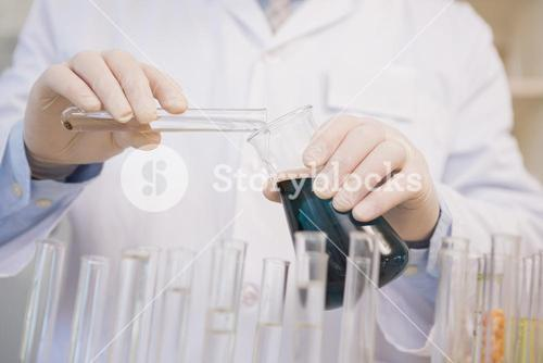Scientist doing experimentations