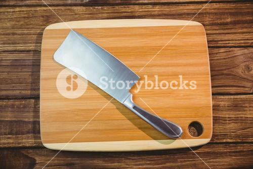 Chopping board with large knife