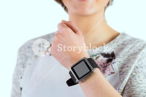 Woman wearing her smartwatch