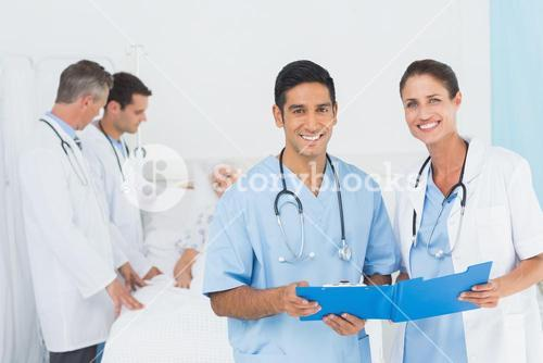Report reading with patient behind