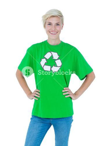 Blonde wearing a recycling tshirt