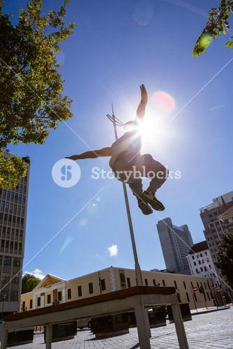 Man doing parkour in the city
