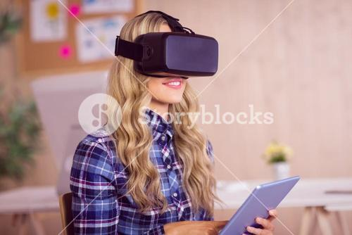 Pretty casual worker using oculus rift