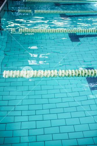 Water moving in the swimming pool