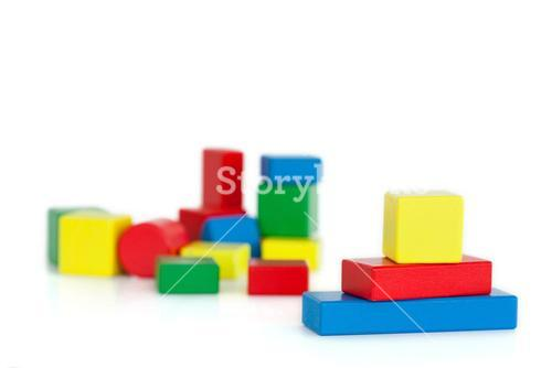Colored toy building blocks