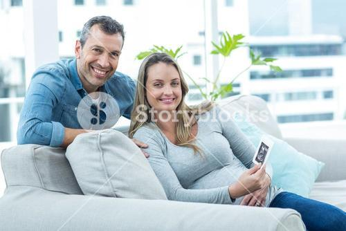 Couple with ultrasound scan