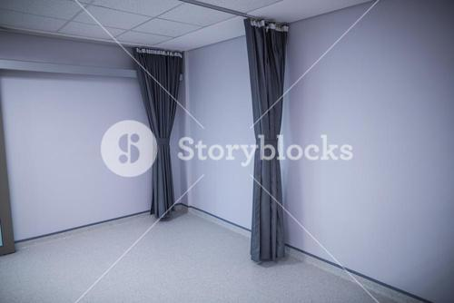 Room with curtain at hospital