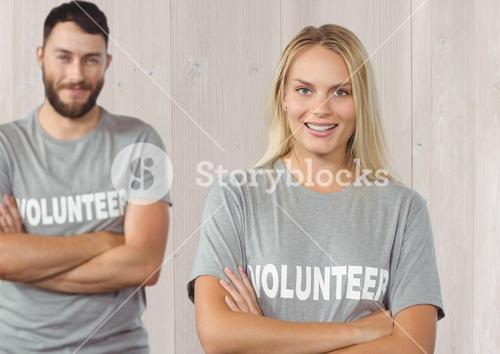 Couple volunteer