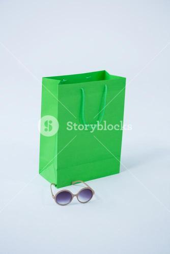 Shopping bag with sunglasses